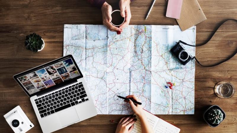 How Traveling Your Gap Year Can Improve Your Resume